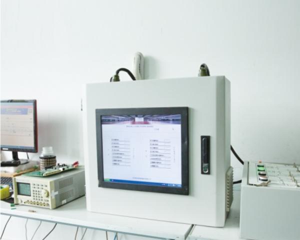 地铁屏蔽门接口电路监测系统